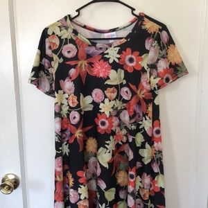 Beautiful rare Carly size ca floral NWT